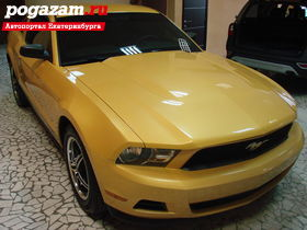 ������ Ford Mustang, 2011 ����