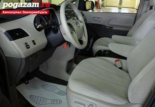 ������ Toyota Sienna, 2013 ����