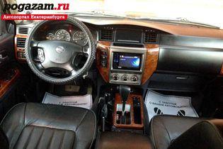 Купить Nissan Patrol, 2009 года