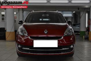 Купить Renault Scenic, 2012 года