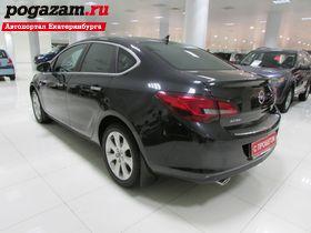 ������ Opel Astra, 2013 ����