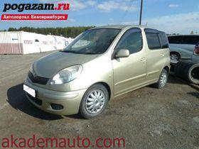 Купить Toyota Funcargo, 2003 года
