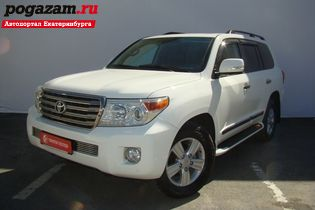 Купить Toyota Land Cruiser, 2013 года