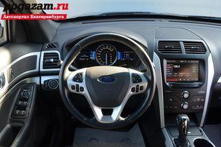 ������ Ford Explorer, 2013 ����