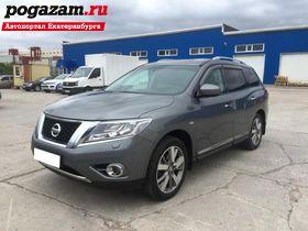 Купить Nissan Pathfinder, 2015 года