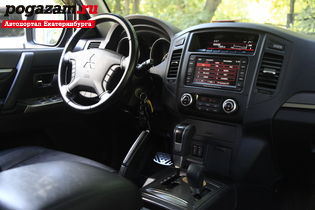������ Mitsubishi Pajero, 2012 ����