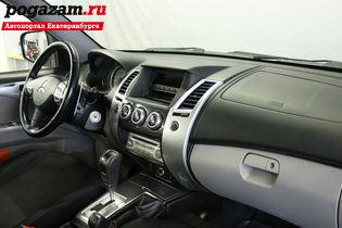 Купить Mitsubishi Pajero Sport, 2011 года