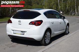 ������ Opel Astra, 2012 ����