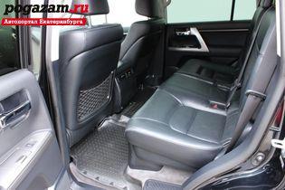 Купить Toyota Land Cruiser, 2014 года