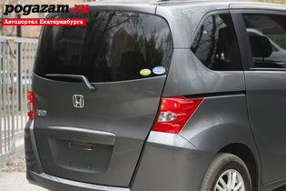 Купить Honda Freed, 2009 года
