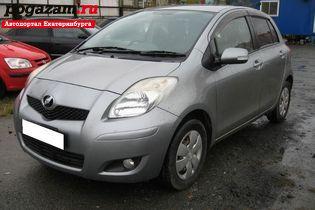Купить Toyota Vitz, 2007 года