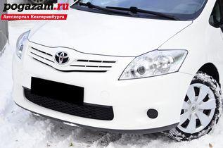 Купить Toyota Auris, 2012 года