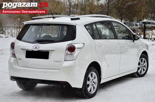 Купить Toyota Verso, 2015 года