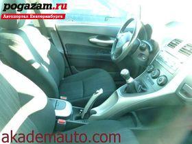 Купить Toyota Auris, 2008 года
