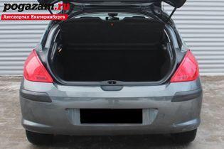 Купить Peugeot 308, 2010 года