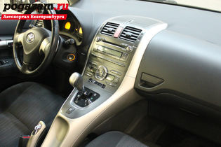 Купить Toyota Auris, 2007 года