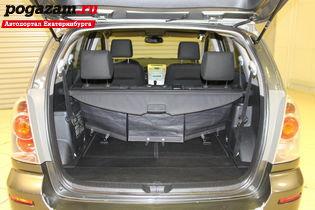 Купить Toyota Verso, 2006 года