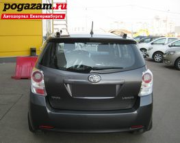 Купить Toyota Verso, 2011 года