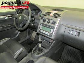 Купить Volkswagen Touran, 2009 года