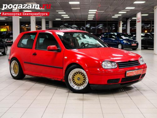 Купить Volkswagen Golf, 2000 года
