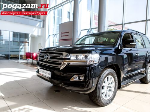 Купить Toyota Land Cruiser, 2016 года