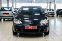 Купить Volkswagen Golf, 2005 года